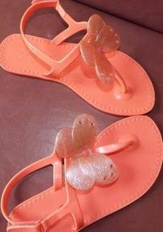 GAP jelly flip flop coral girls size 2 EEUC butterfly sandal velcro ankle strap - http://shoes.goshoppins.com/girls-shoes/gap-jelly-flip-flop-coral-girls-size-2-eeuc-butterfly-sandal-velcro-ankle-strap/