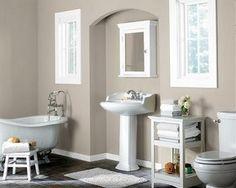 Greige en el baño combinado con blanco, un aspecto limpio y elegante.