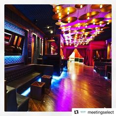 """""""#Repost @meetingselect ・・・ Located in the iconic #Chelsea neighborhood in New York, Studio 21 is a brand new #event #space and lounge. Modeled after a classic recording #studio this #venue unifies unique elements, including a state-of-the-art DJ booth with #performance #capabilities, with the sophistication of New York City's #upscale #nightlife.  #corporatemeetings #eventprofs #eventplanners #meetingplanners #meetingmanagement #meetingprofs #meetingtrends #venuefinders #venuesourcing…"""