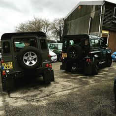 Better than 1 Defender family... A 2 Defender family. #landrover #defender #defender90 #landroverdefender #4x4 #offroad #british #car by tommyjones91 Better than 1 Defender family... A 2 Defender family. #landrover #defender #defender90 #landroverdefender #4x4 #offroad #british #car