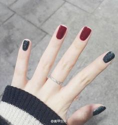45 Ideas Gel Manicure Ideas For Short Nails Simple Nails Polish, Pink Nails, Black Nails, Gray Polish, Holiday Nails, Christmas Nails, Green Christmas, Xmas Nails, Halloween Nails