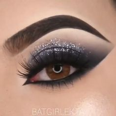 Prom Eye Makeup, Makeup Eye Looks, Eye Makeup Steps, Glitter Eye Makeup, Eye Makeup Art, Cute Makeup, Smokey Eye Makeup, Makeup Inspo, Eyeshadow Makeup