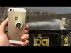 Erschossen und ertränkt: iPhone 5s Video Torture Test  - http://apfeleimer.de/2013/09/erschossen-und-ertraenkt-iphone-5s-video-torture-test - Wieder muss ein goldenes iPhone 5s dran glauben. Diesmal darf das iPhone 5s im RatedRR Torture Test gegen den Sturz auf den Wüstenboden aushalten, danach muss das iPhone 5s ins Wasserbad und endet schließlich mit einem Kaliber 50 Schuss. Die Frage, ob das iPhone 5s den letzten Test überlebt st...