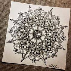 Mandala Tattoo Design, Mandala Drawing, Mandala Art, Mandala Pattern, Zentangle Patterns, Mandala Painting, Tangle Doodle, Tangle Art, Doodles Zentangles