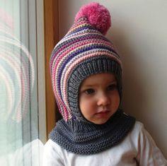 Sombrero de invierno y nieve inspirado Waldorf. Sudadera con capucha de tejido a mano / pasamontañas gorro para bebé, niño, niño. Hecho de 100% lana merino en color gris oscuro con franjas en lila morado, rosa, gris claro y beige. Suave y muy funcional, perfecto para guardar los pequeños cálido y acogedor durante días fríos. OPCIONAL: guarnición del algodón para el calor adicional. Sin embargo los sombreros son realmente suaves y cálidas como son - guarnición puede ser necesaria sólo fr...