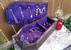 Joyero ataúd ataúd caja de joyería gótico por LifeAfterDeathDesign