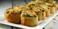 Crunchy Mushroom and Cheese Bites - Recipes - Ma Fourchette Quick Appetizers, Appetizer Recipes, Snack Recipes, Pot Luck, Baguette Appetizer, Stuffed Mushrooms, Stuffed Peppers, Cheese Bites, Appetisers