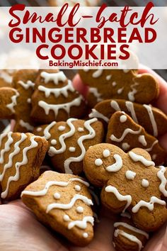Small-batch Gingerbread Cookies With Faux Royal Icing Sweet and spicy Small-batch Gingerbread Cookies. Best Christmas Cookies, Christmas Desserts, Christmas Baking, Italian Christmas, Christmas Baskets, Holiday Cookies, Christmas Recipes, Italian Cookie Recipes, Cookie Dough Recipes
