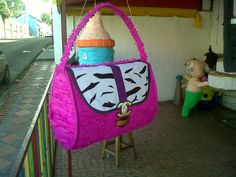 Piñatas de carteras