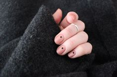 2 colours 2 styles – black and nude #1
