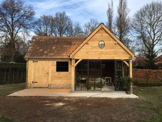 Studio Shed, Garage Studio, Carport Garage, Barn Garage, Shed With Porch, Garage Addition, Car Barn, House Extensions, Pool Houses