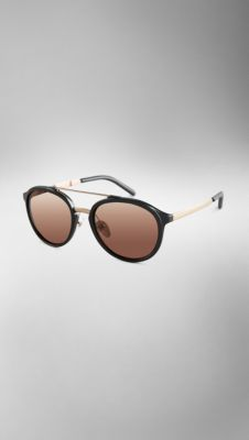 1163735a754 Trench Collection Round Frame Sunglasses Burberry Outfit