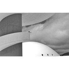 Destino, Avilés #niemeyer #photography #architecture