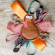 This easy turkey taggy toy will only take minutes to make, and is the perfect thanksgiving gift for any baby in your life. Posted by nancybandzuch