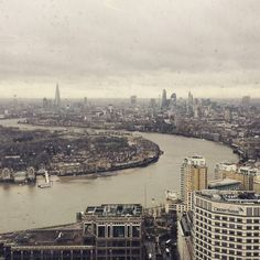 What a fab view from @level39cw's lounge this morning. #invstr #fintech #finance #London #canarywharf #twitter by nushkino