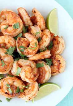 23. Spicy Cilantro Shrimp With Honey Lime Dipping Sauce #quick #healthy #recipes http://greatist.com/eat/10-minute-recipes