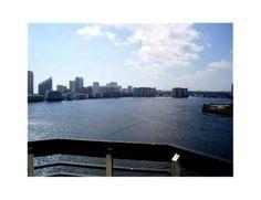 Vive Miami Compra Miami : 3600 Mystic Pointe Dr #1918, Aventura FL 33180 | E...