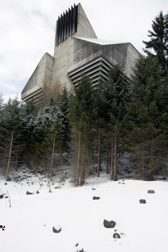 HANNES KOELBLINGER - Impressive photo, but what is it? - Possibly the ventilation shaft for the Arlberg tunnel in Austria on http://www.viktor-reiter.com/gallery/?img=56