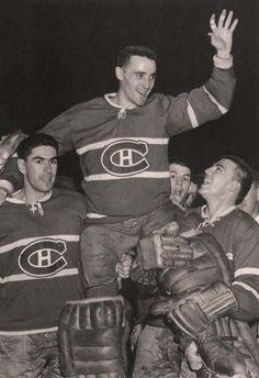 Laurent, Jacques Plante, Jean-Guy Talbot celebrate another big фотография Жак Плант Hockey Goalie, Hockey Teams, Hockey Players, Montreal Canadiens, Hockey Highlights, Vancouver Canucks, National Hockey League, St Laurent, Guys
