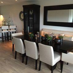 Ideas for Decorating an Elegant Dining Room Dining Room Table Decor, Elegant Dining Room, Dining Room Design, Living Room Decor, Dinner Room, Dining Room Inspiration, Interior Design, Home Decor, Sweet