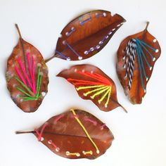 Make Beautiful Leaf Sewing Art with Kids - Love the colors of the yarn on the leaves and it would make a great activity for kids learning to s - Easy Fall Crafts, Kids Crafts, Arts And Crafts, Craft Kids, Sewing Art, Love Sewing, Sewing Projects For Kids, Sewing For Kids, Leaf Projects