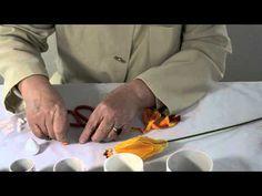 How to make nylon flower goldfish.