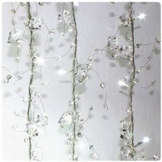 These contemporary ice cluster design lights are stunning and produce a beautiful sparkly effect.          These contemporary ice cluster design lights are stunning and produce a beautiful sparkly effect.        Read more: http://www.freshdesignblog.com/2010/12/3-of-the-best-strings-of-decorative-indoor-christmas-lights/#ixzz2kgGMFUjG