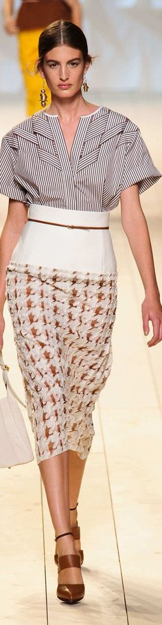 Nina Ricci Collection Spring 2015  poplin, houndstooth, texture
