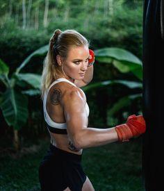 Valentina Shevchenko #TeamBullet #UFC215