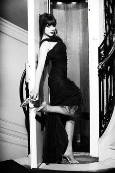 Celebrity Feet, Celebrity Photos, Crash Magazine, Lea Seydoux, Ellen Von Unwerth, Vogue, Movie Photo, Old Pictures, Trending Memes