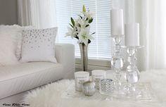 White living room, glass & silver - Home White Home -blog
