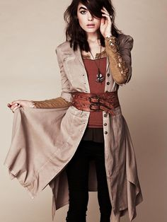 If Patti Smith were a young pirate...