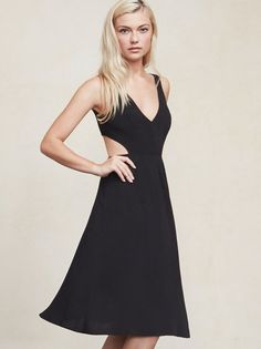 Walking into rooms backwards is fine by us. The Demi Dress will have you wanting to show off all sides of yourself. It's a ghost crepe knee length dress that's got an open back with adjustable tie straps. https://www.thereformation.com/products/demi-dress-black?utm_source=pinterest&utm_medium=organic&utm_campaign=PinterestOwnedPins