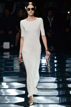 Balenciaga Spring 2015 Ready-to-Wear - Balenciaga Ready-to-Wear Collection
