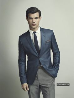 Taylor Lautner is just YUM and my favorite forever