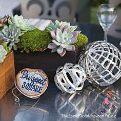 Keep it super simple when decorating your table! Take inspiration from geometric shapes for your next party! | The Party Goddess! #decor #diy #eventplanner #partyplanning Party Food And Drinks, Party Photos, Minimalist Home, Get In Shape, Geometric Shapes, Holiday Parties, Decorative Accessories, Party Planning, Diy Home Decor