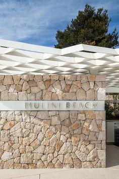 Mulini Beach by Studio « Landscape Architecture Works Landscape Walls, Landscape Architecture, Landscape Design, Stone Cladding, Wall Cladding, Stone Feature Wall, Sandstone Wall, Boundary Walls, Wall Exterior