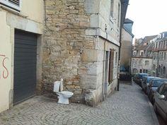 Rue Richebourg