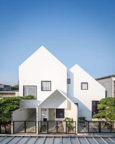 Modern Small House Design, Small Modern Home, Minimalist House Design, Minimalist Architecture, Architecture Design, Style At Home, Facade Design, Exterior Design, House Outside Design