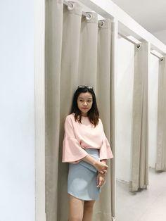 Pantone 2016, Bell Sleeves, Bell Sleeve Top, Tops, Women, Fashion, Moda, Fashion Styles, Fashion Illustrations