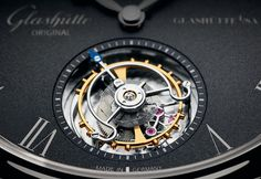 At the heart of the Senator Tourbillon,revealed through the sapphire crystal case back,is the automatic calibre 94-03 with a power reserve of 48 hours.