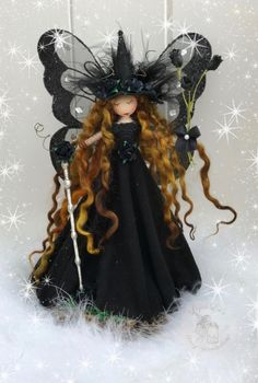 Witch Dolls, Short Curly Wigs, Fairy Wings, Fairy Dolls, Garden Crafts, Faeries, Fabric Flowers, Needle Felting, Witches