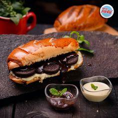 #streetfood #sandwich #milka #oreo #food #fooddelivery #teletal Milka Oreo, Hot Dog Buns, Hot Dogs, Street Food, Sandwiches, Bread, Brot, Baking, Breads