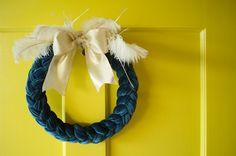 diy lazy modern wreath - The Poopers   DIY Home & Wedding