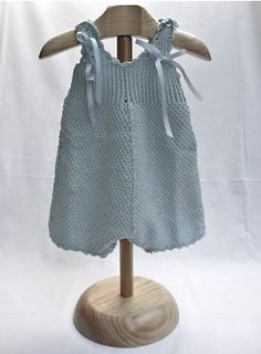 hand knitted baby romper Baby Knitting, Crochet Baby, Knit Crochet, Knitted Baby Clothes, Cute Baby Clothes, Diy Bebe, Baby Pants, How To Purl Knit, Culottes