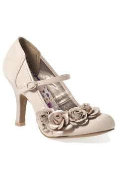 Oh My Goodness, these are gorgeous!!   Suede Mary Jane with flowers