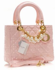 Dior Pink Patent Leather bag with pearls -There are no words. Only a moment of silence for how gorg this is. Dior Handbags, Purses And Handbags, Dior Bags, Dior Purses, Designer Handbags, Beautiful Handbags, Beautiful Bags, Pink Love, Pretty In Pink