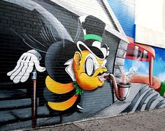 BzZ! Born in Harlem and raised in the Bronx, the Royal Kingbee UW is best known for his stylishly striking bee that shapes the urban landscape of the Bronx and beyond.