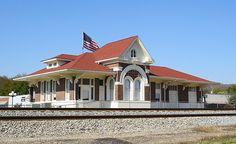 Spring City,TN Railroad Depot © Allyson Leigh Photography