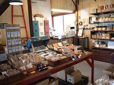 midori traveler's notebook factory by 201169, via Flickr